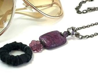 ON SALE Purple Eyeglass Chain / Purple Eyeglass Necklace / Purple Eyeglass Holder / Eyeglass Lanyard / Gift for Reader / Beaded Eyeglass Nec