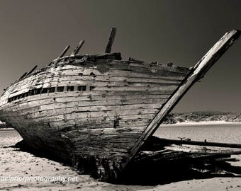 shipwreck in donegal