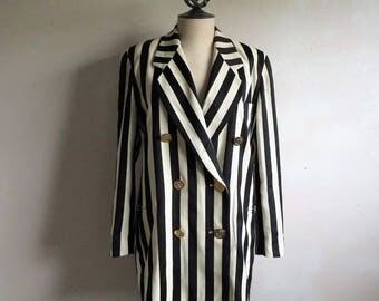 Vintage 90s ESCADA Jacket Womens Black Wool Crepe Box Cut Designer Blazer 38EU US8