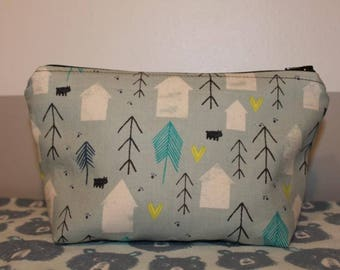 tree and house pouch
