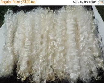 "ON SALE Long Long White Mohair Superior Quality Separated  9 To 10 Inches Some 11"" Very Rare 1/2 Ounce Santas/Doll Hair/Blythe/Wig Hair Felt"