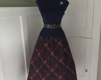 Vintage 60s Fuchsia Plaid Skirt / 1960s 60s Secretary Skirt / Mad Men Costume / Pin Up / High Waisted Circle Skirt \ I Love Lucy