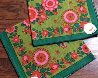 Vintage Falani & Cohn Belgian Linen Napkins, Pair of Linen Napkins, Mod Linen Napkins, Pink and Green Floral Bird Napkins, Original Sticker