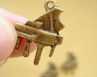 100 Wholesale Buys Grand Piano Antiqued Bronze Charms Pendant Drop 17x15mm SB239