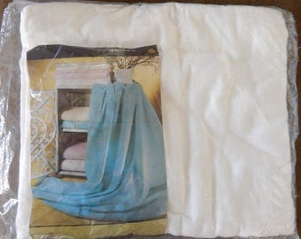 vintage white flannel Dream Sheet Blanket NIP full 70 in X 90 in cotton poly blend Beacon made in USA new in package washable