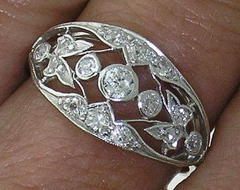 ANTIQUE Diamond Ring~EDWARDIAN Platinum Diamond Ring, Circa 1915