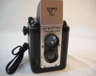 Vintage Argus Argoflex Seventy-Five Box Camera Free Shipping