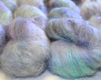Chunky Fluff - kid mohair 8 ply brushed  yarn