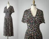 1940s style dress | floral vintage dress | floral rayon dress | navy blue sun dress