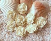 Resin Rose Flower Cabochon - 12mm - 30 pcs - White