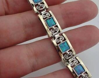 Stunning 9k Yellow Gold 925 Sterling Silver green cz bracelet, Peridot Bracelet, Gift, Free shipping, Wedding Jewelry, Israeli  (vs 2613)