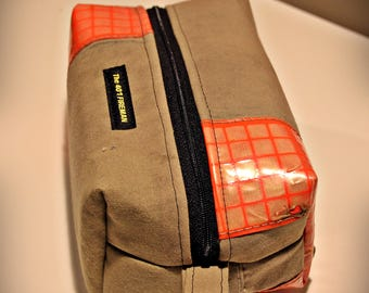 Firefighter turnout gear  bunker gear Toiletry Bag, Dopp Bag, shaving bag, Toiletry Bag, Groomsmen Gift, Husband, Boyfriend, Fireman