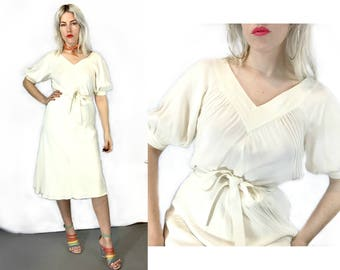 Vintage 1970s White Peasant Sleeve Albert Nippon Dress Medium 8 //10