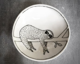 Doodle Range Plate - Smiling Sloth Plate