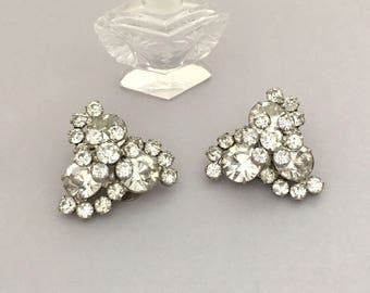 Statement Rhinestone Earrings - Clear Rhinestone Bridal Earrings - Vintage JULIANA Clip On Earrings Wedding Jewelry Rhinestone Jewelry Gift
