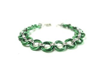 Chainmaille Mobius Bracelet In Green And Silver Anodized Aluminum