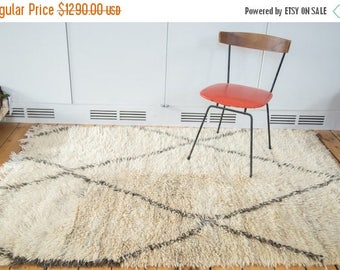 10% OFF RUGS DISCOUNTED 4.5x6.5 Vintage Moroccan Rug