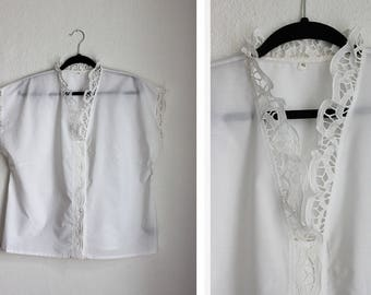 Vintage White Box Shape Lace Trim Blouse