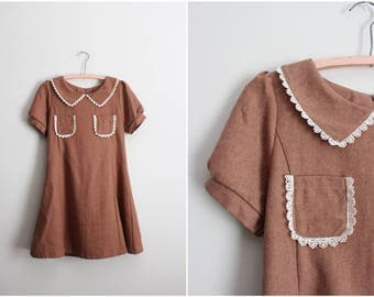 60s Mod Collar Mini Dress / Tan Dress /Mini Dress / 1960s Dress/ Mod Dress / Size S/M
