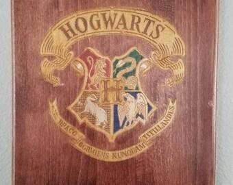 Harry Potter Hogwarts Crest Engraved Wooden Plaque