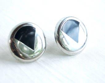 Modernist Geometric Earrings Vintage Faux Onyx Round Posts Vintage Mid Century Jewelry Modernist
