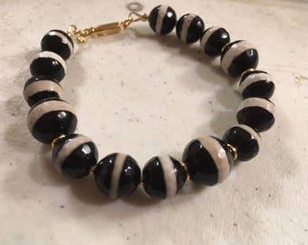 Black Bracelet - Agate Jewellery - Gold Jewelry - Gemstone - Elegant - Unique Beaded