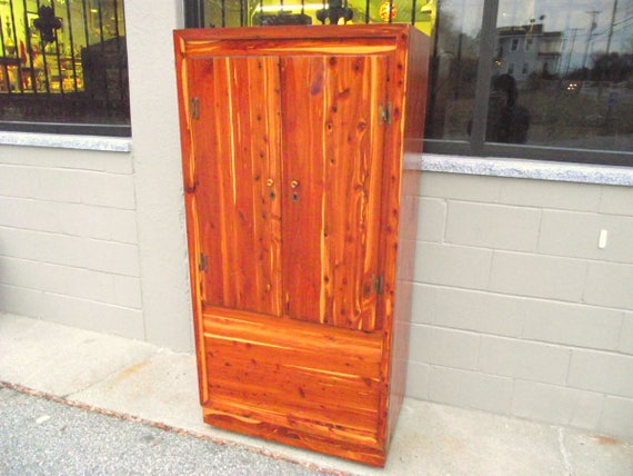 Genuine Solid CEDAR Murphy Armoire Wardrobe Closet Cabinet