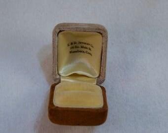 Vintage Jewelry Presentation Box, Vintage Ring Presentation Box