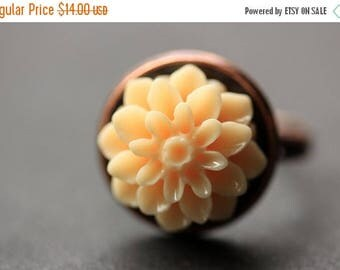 SUMMER SALE Apricot Mum Flower Ring. Apricot Chrysanthemum Ring. Apricot Flower Ring. Adjustable Ring. Handmade Flower Jewelry.