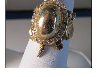 Fabulous Vintage 14k Ruby Turtle ring with moving tail and head
