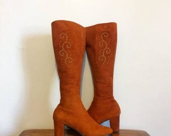 ON SALE Vintage 60s 70s Go Go Boots / Studded Rust Suede Mod Boots / Hippie Boho Boots / 6