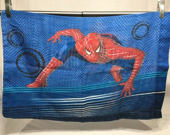Vintage retro pillowcase, Spiderman, Marvel, Comic, unique, comic, pillowcase, superhero, bedding, spiderman pillowcase