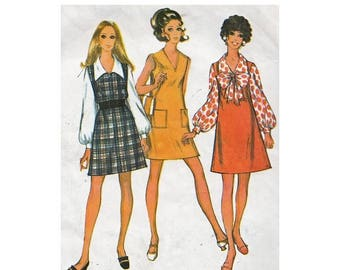 On Sale 1960s Mini Dress or Jumper & Blouse McCalls 9805 Bust 34 Step by Step Vintage Sewing Pattern V Neck/ Big Collar Blouse