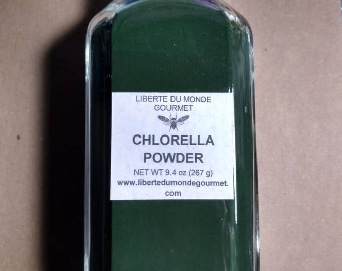 Chlorella Powder in a Variety of Packaging