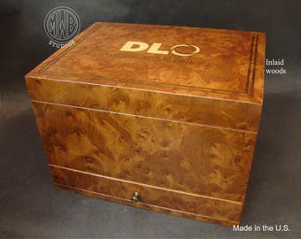 Handcrafted custom inlaid humidor made in the U.S. HD 75-1   Free shipping within the U.S.