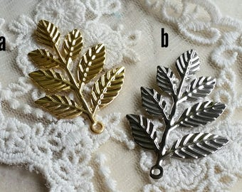 29 x 43 mm Golden Plated /Platinum Plated Filigree Leaf Finding/Earring Finding/Pendant (.tg)