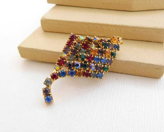 Vintage Unsigned Multi-Color Rhinestone Gold Dimensional Leaf Brooch Pin A20