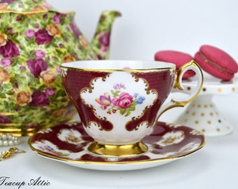Queen Anne Vintage Lady Eleanor Teacup and Saucer Set, English Bone China Tea Cup Set, ca. 1949