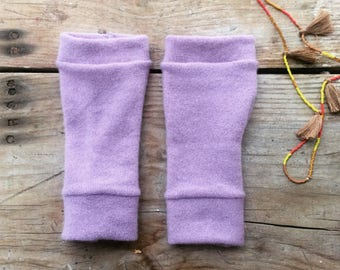 Fingerless gloves in lilac cashmere, wrist warmers, typing gloves