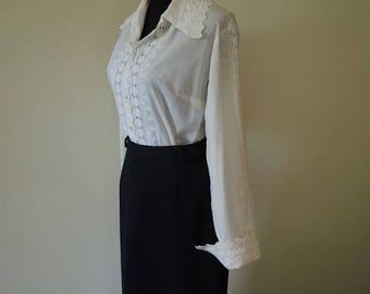Vintage White and Black formal set