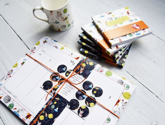 Fun and funky fridge note pad - perfect for keeping kids organised - notepad - sticker set - yearly planner - space astronaut fun