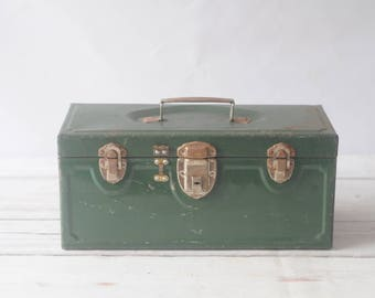 Master Metal Products Vintage Tackle Box Green Toolbox Tool Box Tray Industrial Toolbox