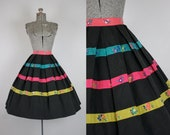 1950's Black and Floral Striped Cotton Circle Skirt / Size Medium