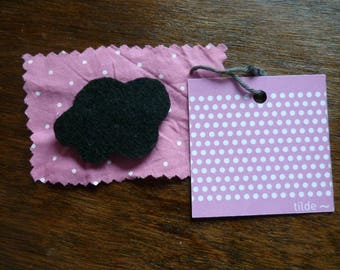 small black felt cloud brooch
