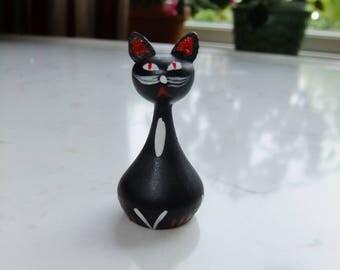 Vintage Swedish handicraft -  black wooden cat - Hand made sweet cat - 1960s