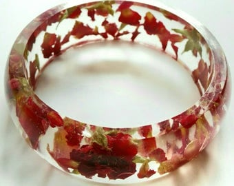 Resin bangle red Size small bracelet Real rose bracelet resin petals pressed flowers jewelry Ethical Jewellery gift ideas for bridesmaid