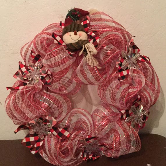 Red & White Striped Deco Mesh Snowman Christmas Wreath