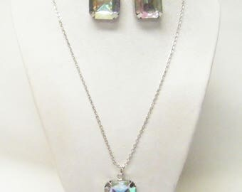 Clear Faceted AB Acrylic Square Charm Pendant Necklace/Earrings Set