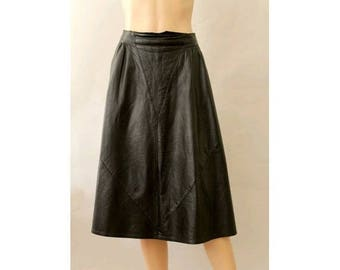 1980s french leather Skirt flared  black  made in france Reginapary size large