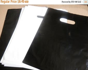On Sale 100 pack 9 x 12 Black and White Glossy Retail Merchandise bags  Low Density Plastic Merchandise Gift Bags